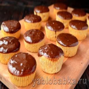 Кексы с печеными яблоками в духовке