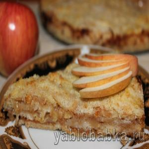 Сухой яблочный пирог с манкой без яиц