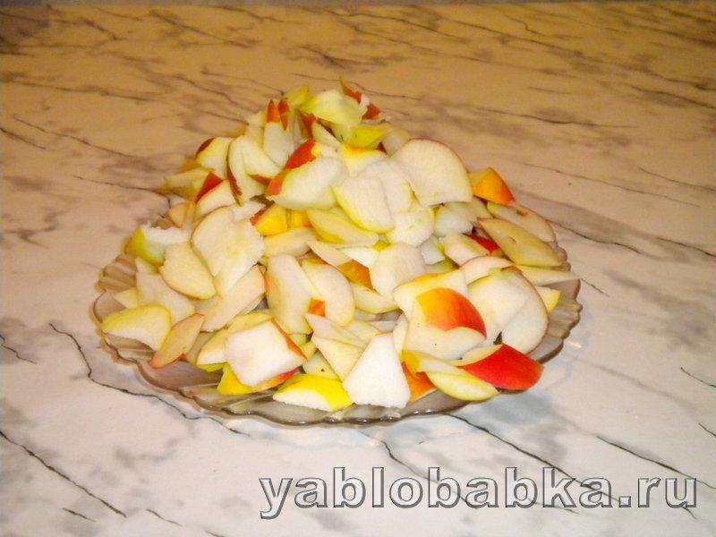 Любимая шарлотка с яблоками: фото 3