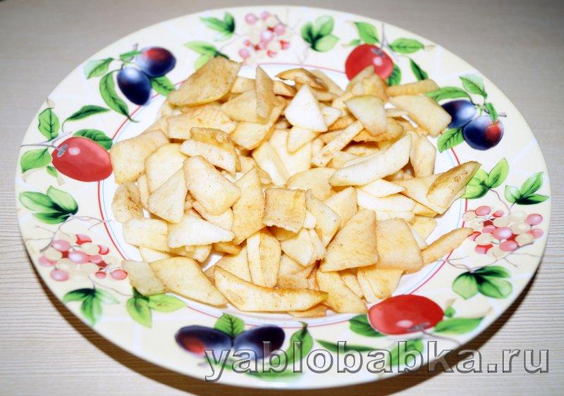 Манник с яблоками на кефире: фото 5