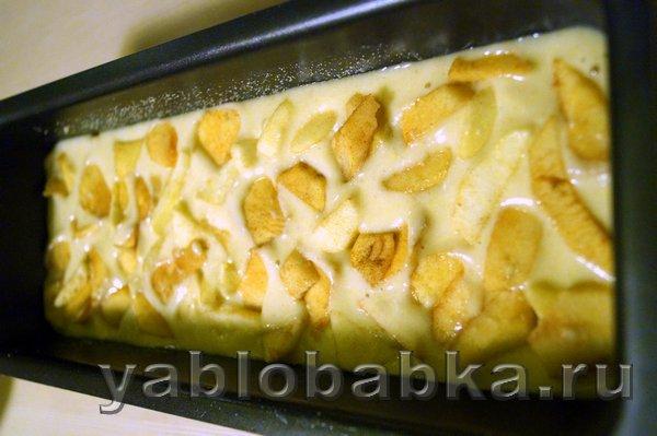 Манник с яблоками на кефире: фото 7