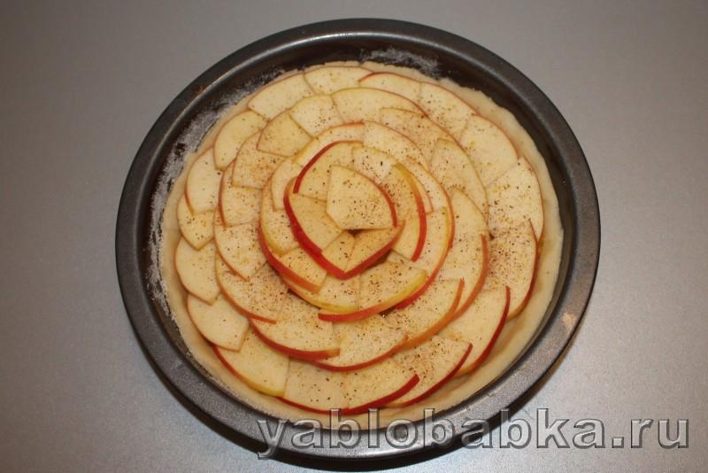 Песочный пирог с яблоком: фото 4