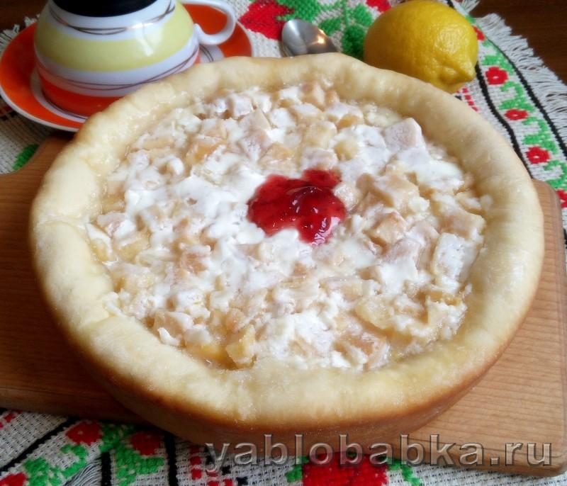 Пирог с яблоками и лимоном в мультиварке: фото 6