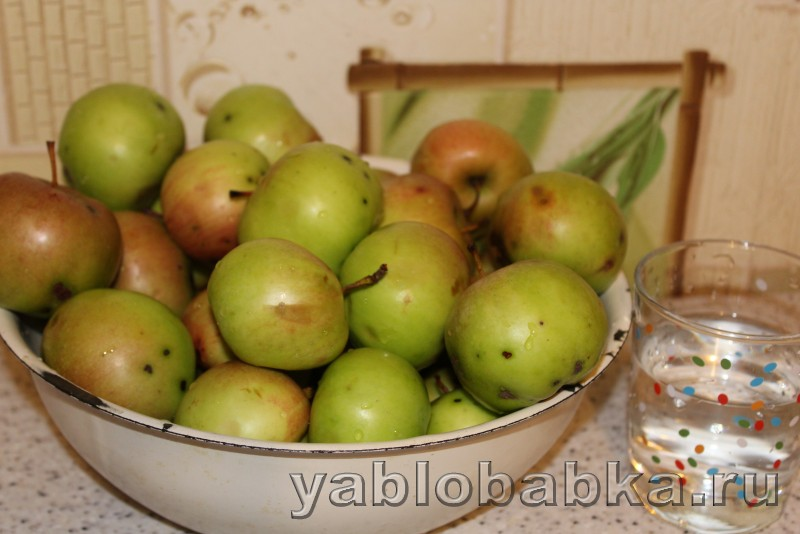 Пюре из яблок на зиму рецепт без сахара для детей: фото 1