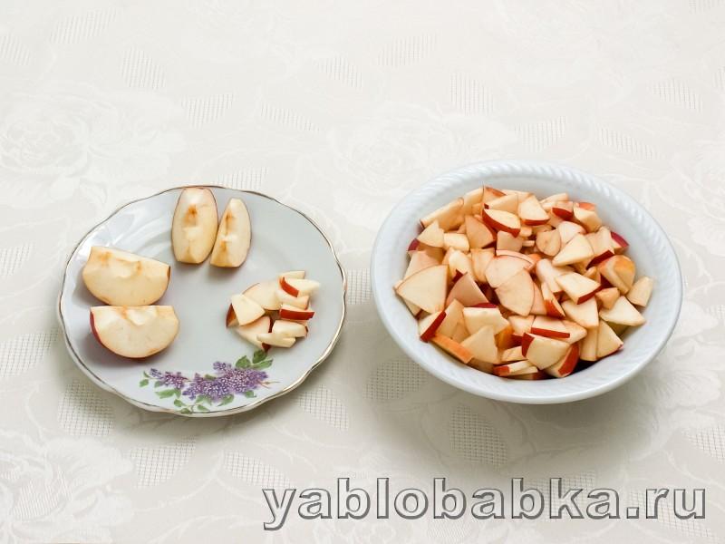 Шарлотка с корицей и яблоками: фото 2