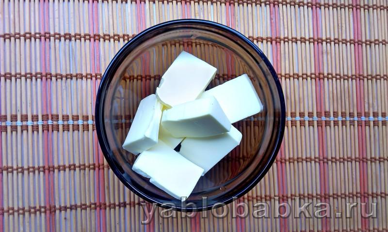 Шарлотка с медом и яблоками без сахара: фото 2