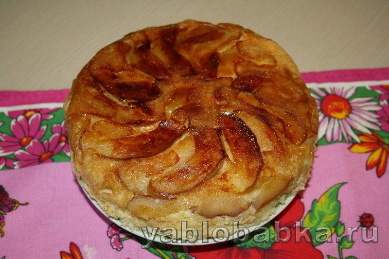 Шарлотка с яблоками в мультиварке - рецепт с фото пошагово