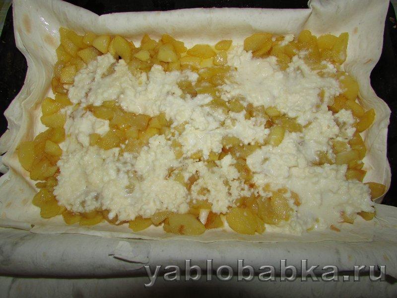 Штрудель из лаваша с яблоками в духовке: фото 4