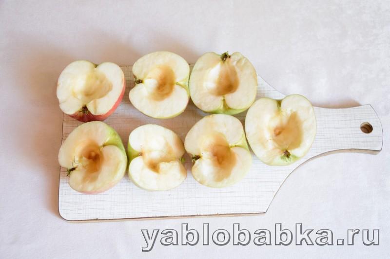 Венгерский яблочный пирог с манкой и орехами: фото 3
