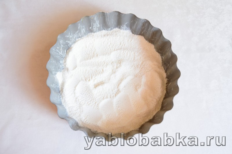 Венгерский яблочный пирог с манкой и орехами: фото 5