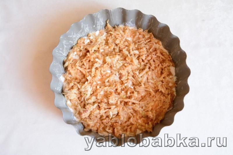 Венгерский яблочный пирог с манкой и орехами: фото 6