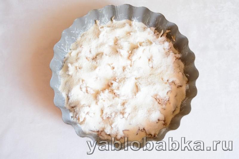 Венгерский яблочный пирог с манкой и орехами: фото 7