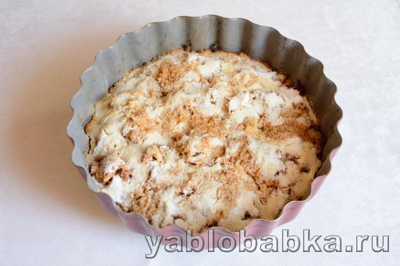 Венгерский яблочный пирог с манкой и орехами: фото 9