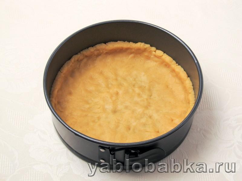 Яблочный пирог с безе в духовке из песочного теста: фото 5