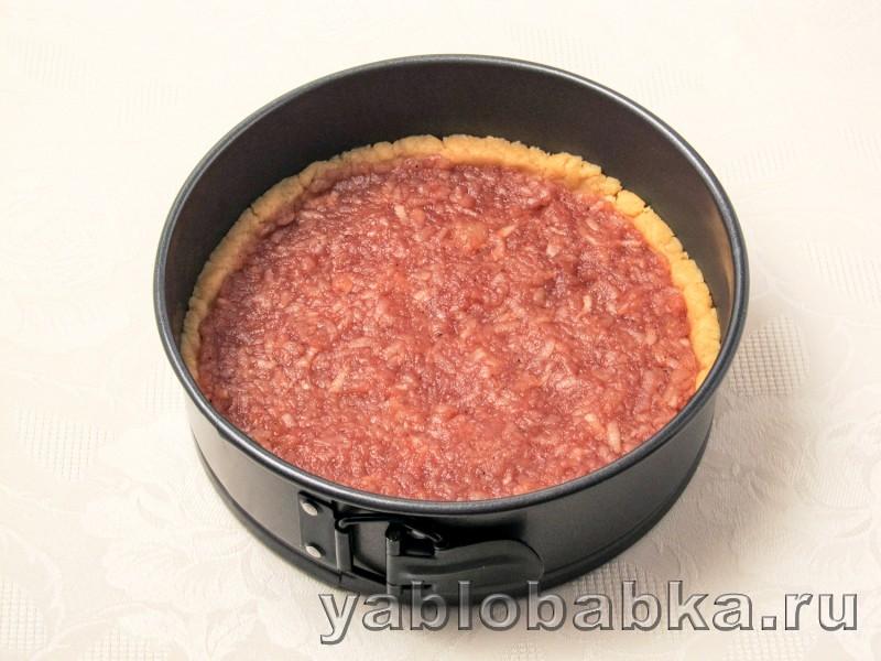 Яблочный пирог с безе в духовке из песочного теста: фото 6